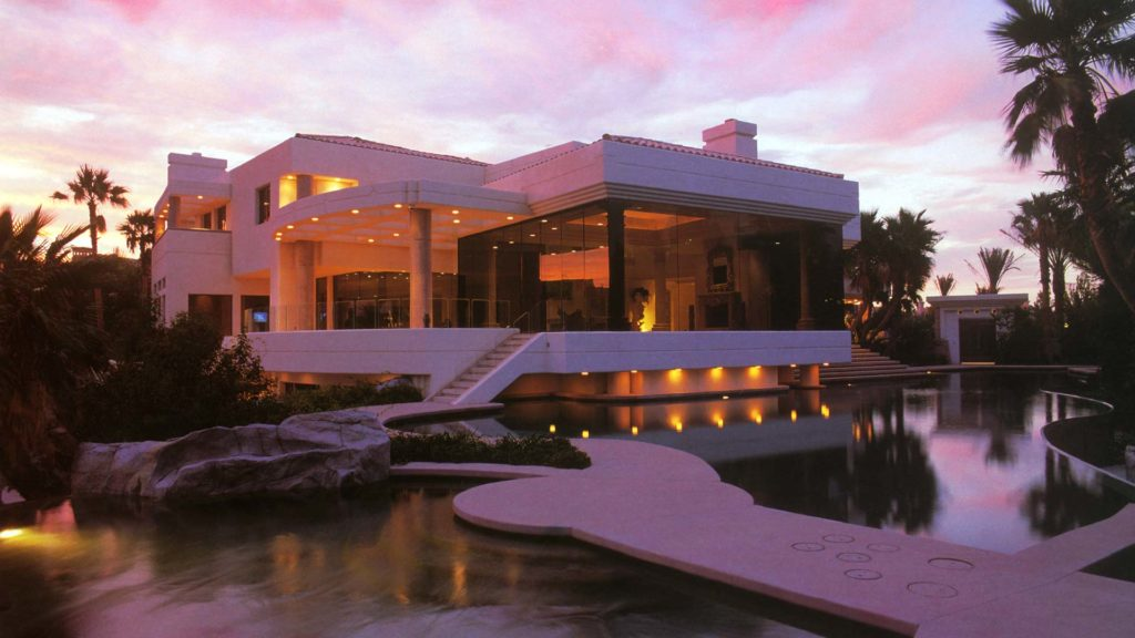 Gramly Construction provides custom building solutions for luxury homes in Southern Nevada